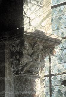 Croisée du transept : chapiteau de la « Fuite en Egypte ». P. GIRAUD, F. LASA © Inventaire général -ADAGP, 1980.