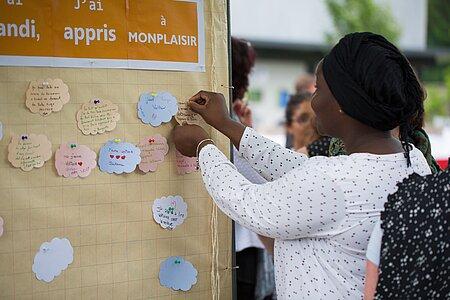 Les participants pouvaient laisser des témoignages de leur passage dans les établissements scolaires du quartier