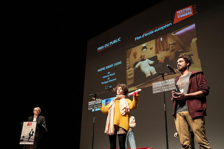 Prix du public, films d'école européen: Home away 3000, d'Heloise Petel et Philippe Baranzini.