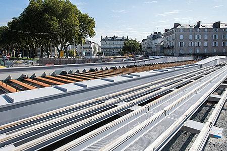 L'assemblage du tablier du pont des Arts-et-Métiers. <i>(Photo: Jean-Patrice Campion, Ville d'Angers)</i>