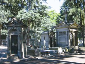 Partie ancienne du cimetière, carré 16 :