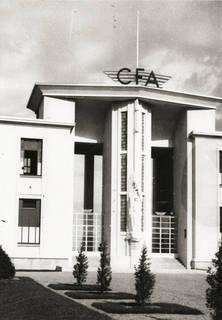 Porche central vers 1939 © Coll. Musée de l'Air.