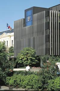 Hôtel de ville XXe, architecte Philippe Mornet (1982) © Ville d'Angers - Cliché Patrice Campion