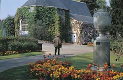 Le jardin des Plantes, église Saint-Samson © Ville d'Angers. Cliché Jean-Noël Sortant.