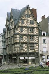 Vue d'ensemble de la maison d'Adam © Ville d'Angers. Cliché Jean-Noël Sortant