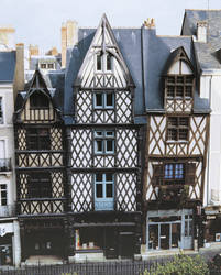 Maisons à pan-de-bois 5, 7 et 9, rue de l'Oisellerie © Cliché François Lasa, Inventaire général.