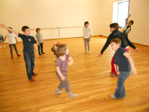 Danse contemporaine © Service éducatif Angers, Ville d'art et d'histoire.