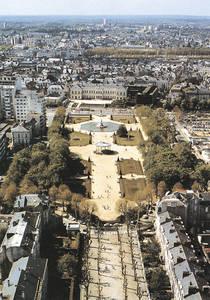 Vue aérienne du jardin du Mail (printemps 1988) © Cliché Denis Pillet - Inventaire général.