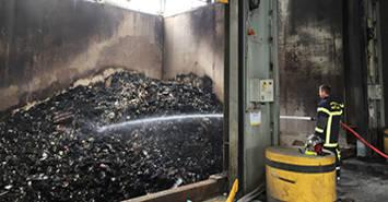 Image Incendie à Biopole : 1 000 m² de bâtiments endommagés, aucune toxicité des fumées