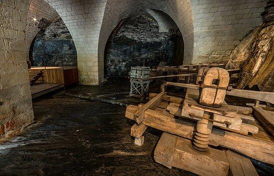 vue des caves de l'hôpital Saint-Jean.