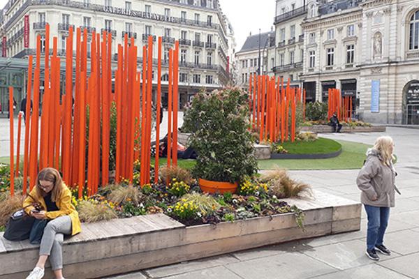 Un jardin de printemps sur la place du Ralliement