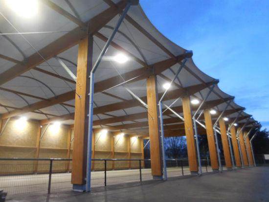 Faisant suite à la création de la halle Millot, le gymnase sera réhabilité.