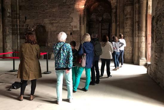 Photo de visite à la tour Saint-Aubin.
