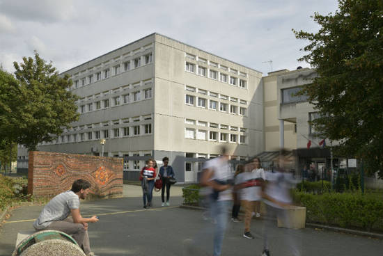 L'entrée des deux établissements se fera par le parvis.