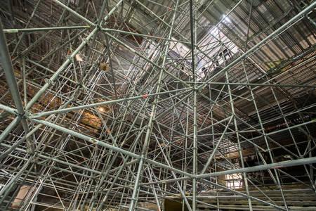 L'impressionnant échafaudage de l'auditorium. (Photo: Jean-Patrice Campion, Ville d'Angers)
