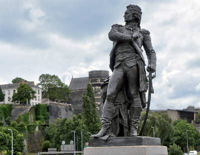 Photo de la statue de Beaurepaire.