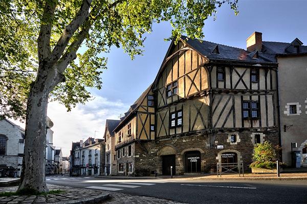 Doutre - St Jacques - Nazareth