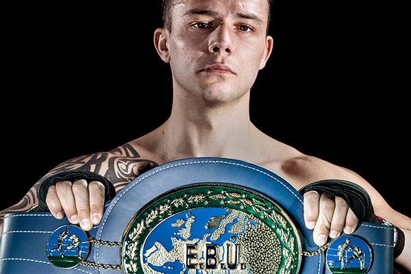 Boxe: l'Angevin Georges Ory remet en jeu son titre européen, salle Jean-Bouin