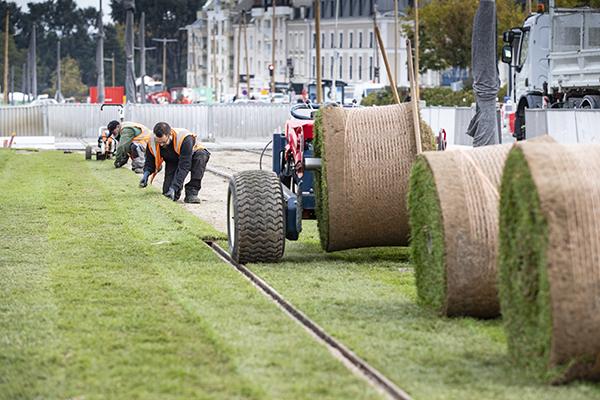 Tramway: on déroule le tapis vert dans le centre-ville