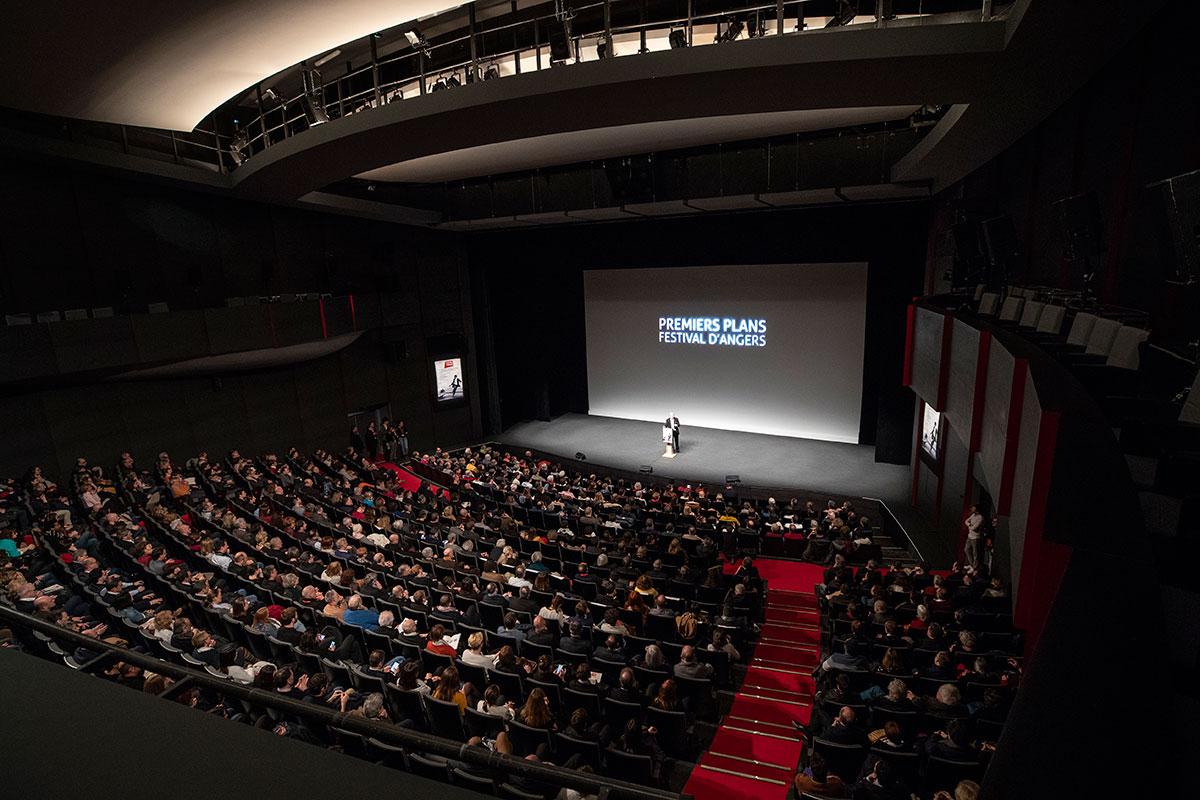 Ouverture de la 31e édition du festival Premiers Plans, dans la salle 900 du Quai.