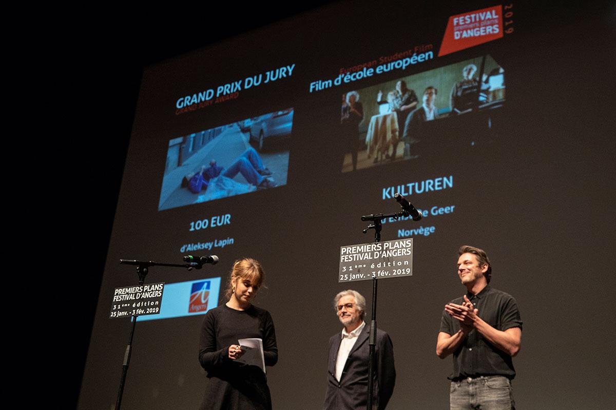 Grand prix du jury, films d'école européens: ex-aequo 100 Eur, d'Aleksey Lapin, et Kulturen, d'Ernst de Geer.