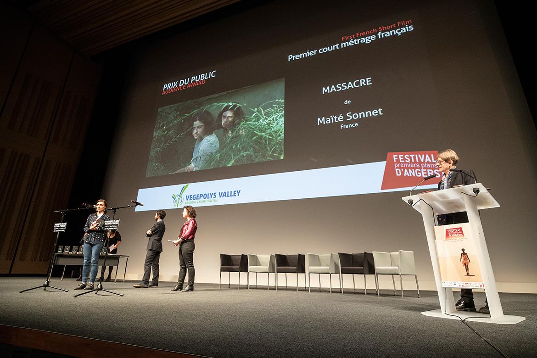 """Prix du public - Premier court-métrage français: """"Massacre"""", de Maïté Sonnet."""