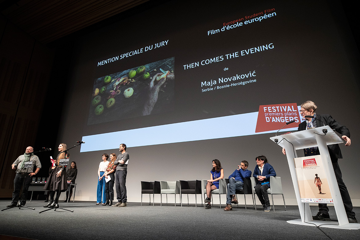 "Mention spéciale du jury - Film d'école européen: ""Then comes the evening"", de Maja Novakovic."