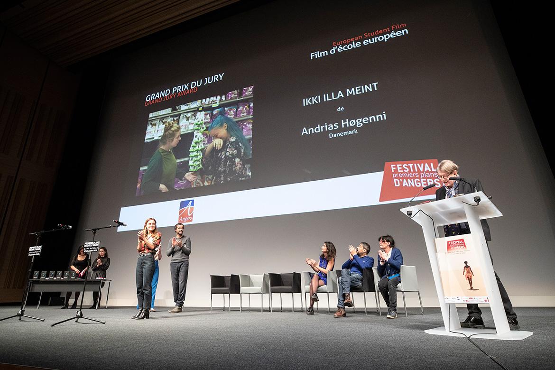 """Grand prix du jury - Film d'école européen: """"Ikki Illa Meint"""", d'Andrias Hogenni."""