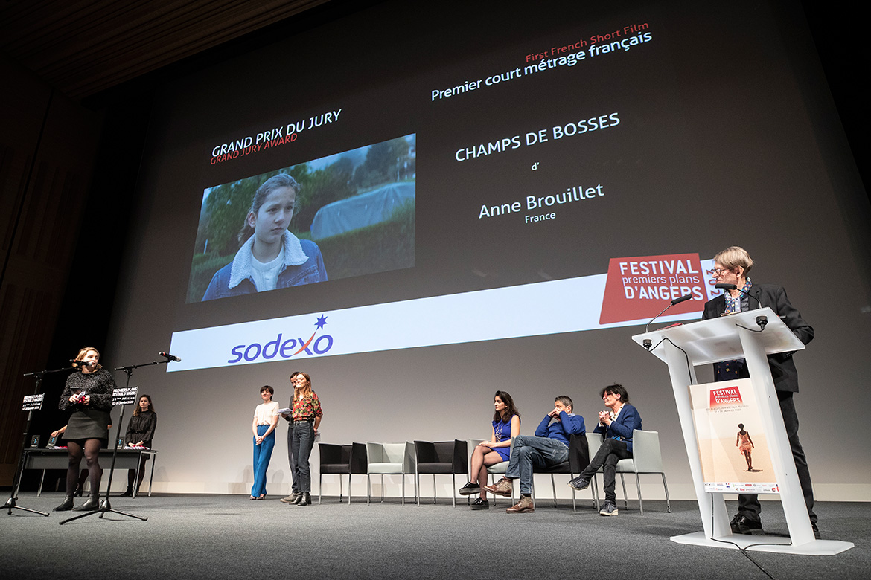 """Grand prix du jury - Premier court-métrage français: """"Champs de bosses"""", d'Anne Brouillet."""