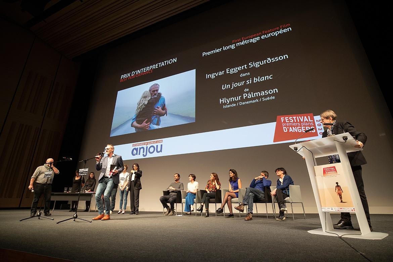 """Prix d'interprétation - premier long-métrage européen: Ingvar Eggert Sigurosson dans """"Un jour si blanc"""", de Hlynur Palmason."""