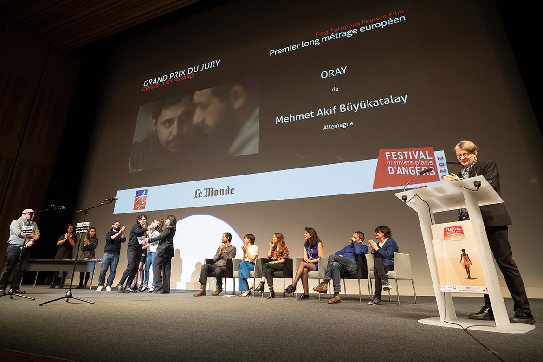 "Grand prix du jury - Premier long-métrage européen: ""Oray"", de Mehmet Akif Büyükatalay."