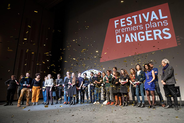 Soirée de clôture et photo avec les lauréats.