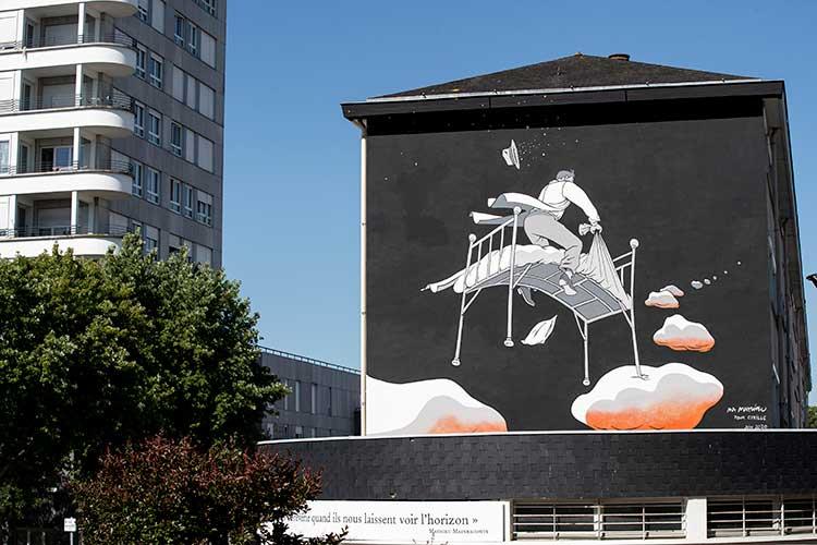 Photo de la fresque réalisée par Marc-Antoine Mathieu rue Coeffard