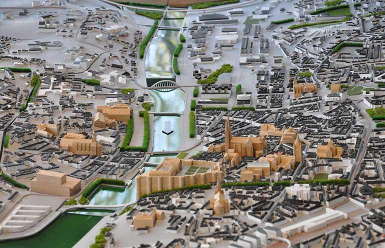 Photo de la maquette d'Angers visible au Repaire Urbain