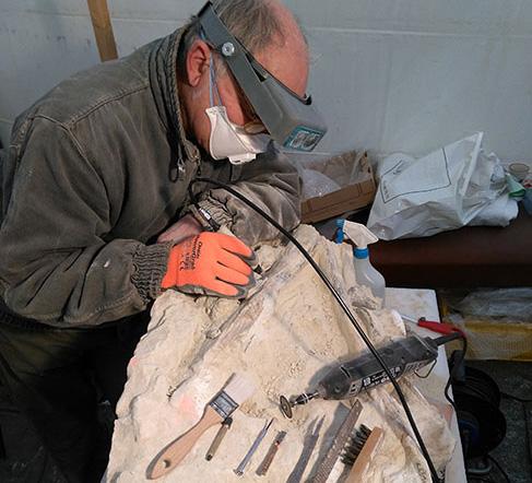 Détournement d'outils de bricoleurs: tournevis, limes et scalpels...