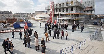Image Cours Saint-Laud: un nouveau pan se construit
