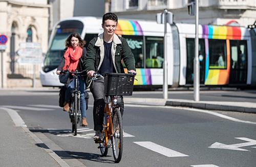Photo d'illustration de cyclistes à Angers.