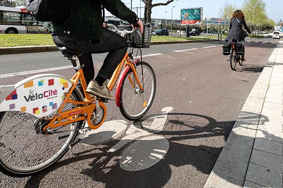 Photo d'illustration de vélo en ville à Angers.