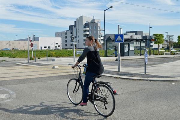"""L'application mobile """"Vivre à Angers"""" se met au vélo"""