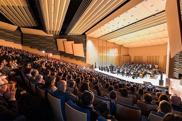 Inauguration du centre de congrès Jean-Monnier