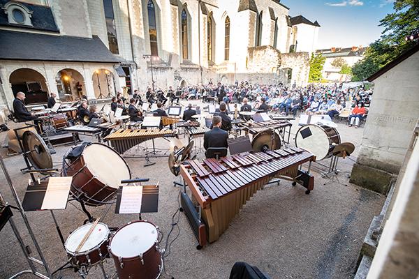 Photo du concert proposé cet été par l'ONPL au cloître Toussaint.