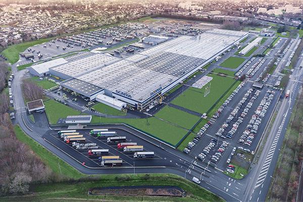 Scania annonce des embauches massives