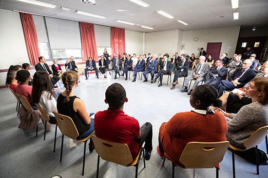 Rencontre entre le ministre Jacques Mézard et des collégiens et lycéens de Monplaisir.