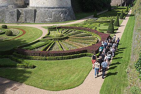 À la découverte des fossés du château