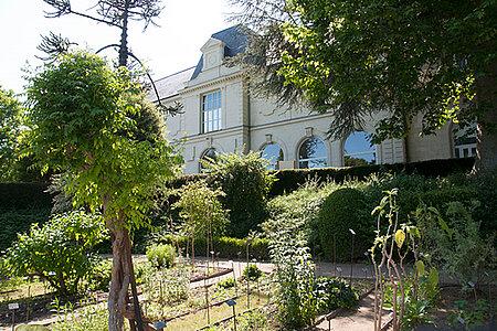 Visite du jardin botanique de la faculté de santé de l'Université d'Angers