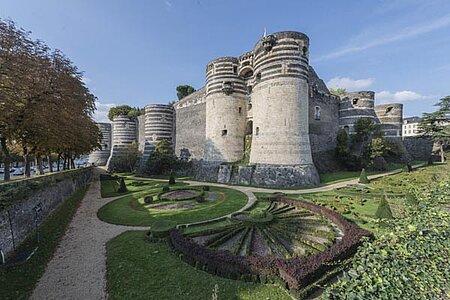 Le château d'Angers et la Tapisserie de l'Apocalypse