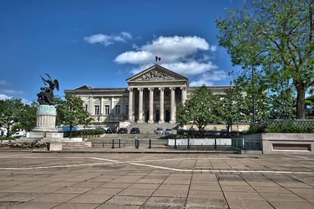 Stand métiers de la justice au palais de justice