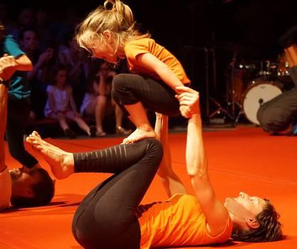 Séance cirque parent-enfant