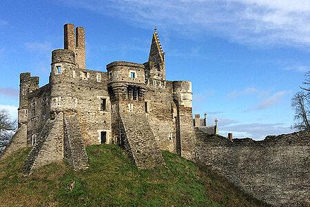 """Visite """"Une vie au château du Plessis-Macé"""""""