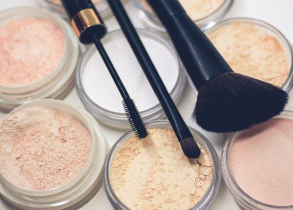 DIY Make-Up